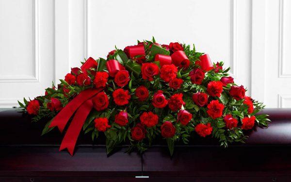 Искусственные венки на похороны разной ценовой категории