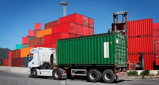 Перевозка груза в контейнерах по всей России