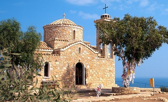 Посещение известных православных святынь на Кипре