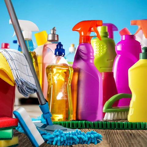Специальные средства и оборудование для уборки квартир
