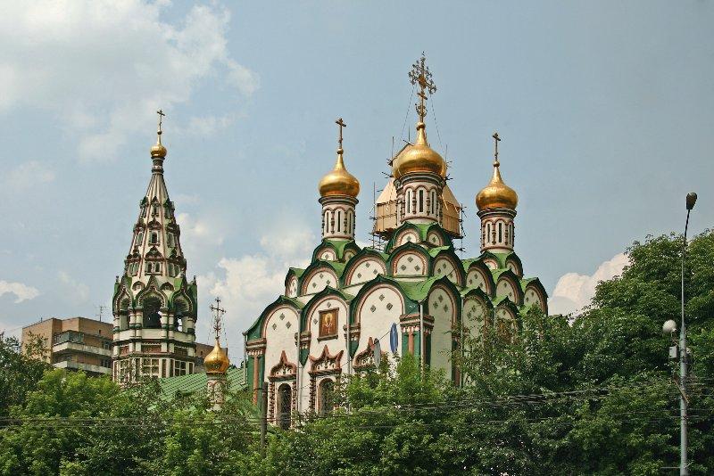 Церковь Николая Чудотворца в ...: hramy.ru/regions/r77/cao/hamovniki/nikham.htm
