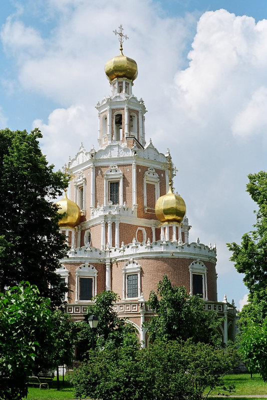"""Речь идет о строительстве церкви  """"2000 лет с Рождества Христова """" в районе."""
